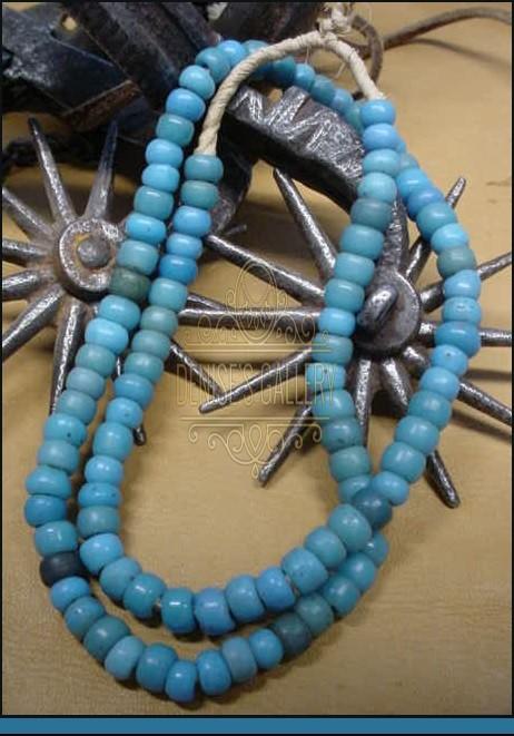 ** GENUINE, ANTIQUE 'BLUE PADRE' GLASS TRADE BEAD STRAND ~ITEM # avtb-003~