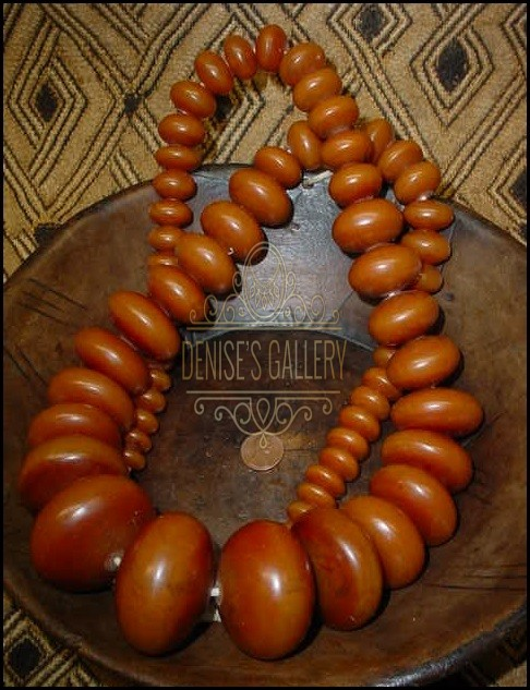 *MAGNIFICENT!  HANDCRAFTED, Graduated, AFRICAN AMBER TRADE BEAD STRAND ~ ITEM # amb-002 ~